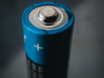 Self-Charging Battery that can Surprisingly Last for up to 28,000 Years can be Coming Soon
