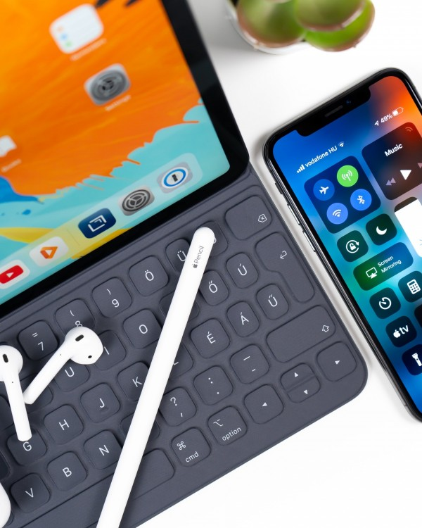 Why Gadgets Are Making Students Less Connected & What to Do About It?