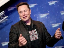 Elon Musk vs. Facebook: Why Tesla Boss Endorses Signal and Feuds with Social Media Giant for Years