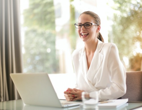 Advantages of Outsourcing Your Reputation Management
