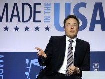 Elon Musk Claims Tesla and Ford 'Only American Carmakers Not to Have Gone Bankrupt'