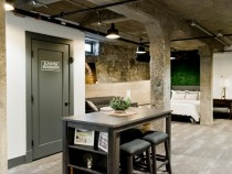 Set a Perfect and Modern Game Room Basement in Office