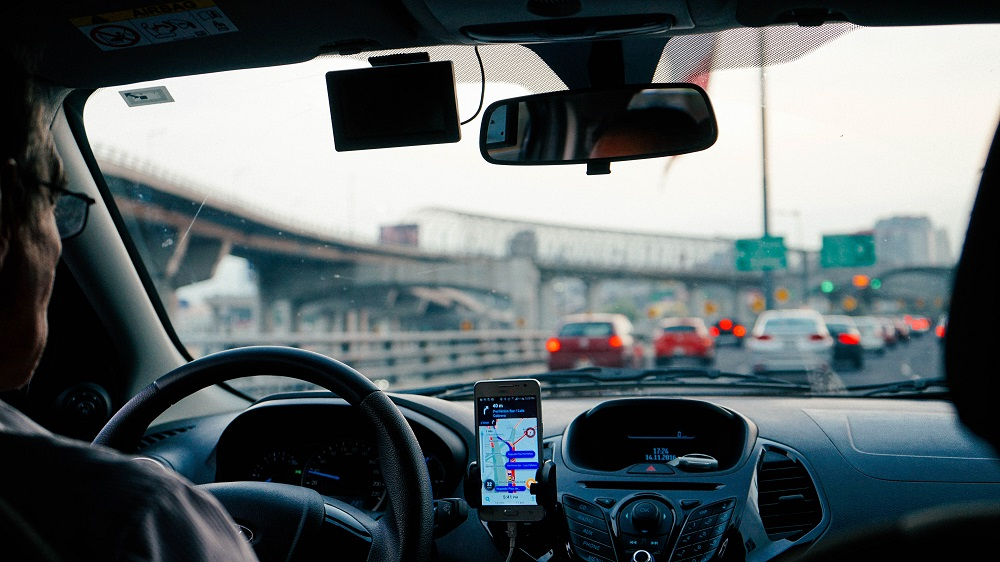 Stimulus Check for Uber Drivers: Ride-Hailing Company Pledges $250 Million for Incentives Amid Driver Shortage