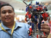 Optimus Prime Becomes Real! New $700 Autobot Can Transform, Walk
