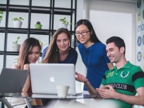 7 Ways Tech Can Help You Prepare for College