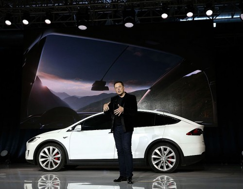 Elon Musk Hypes Up Tesla Full Self-Driving Beta Update: Release Date, Pure Vision and More Mind-Blowing Features