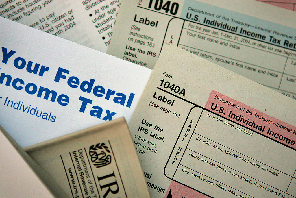 Income Tax Refund Tracker: 2 Online Tools to Check Your Refund Status
