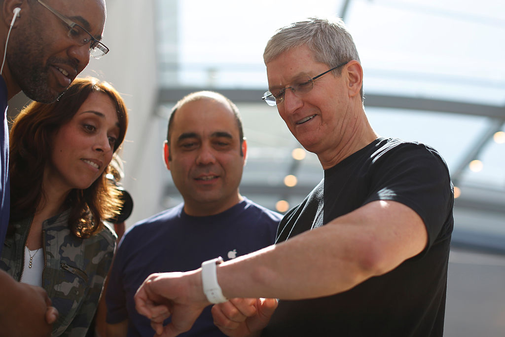 Apple Watch Blood Sugar Sensor Leaked: New Health Tracking Feature Possible!