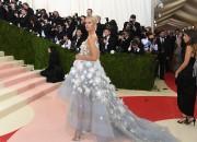 Met Gala with the theme 'Manux x Machina: Fashion In An Age Of Technology' showcased several intricate designs blending both modernization and technology with fashion.