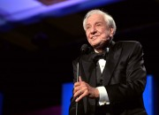 """Brilliant director Garry Marshall, director of 'Valentine's Day"""", passes away and his best movies remembered."""