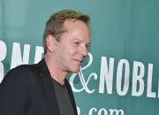 Kiefer Sutherland finally talks about Julia Roberts and his side when Julia canceled their wedding 25 years ago. The actor praised Roberts for