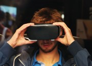 Starting on the America's Thanksgiving day, Samsung is giving away a free VR Headset to those who will avail Galaxy S7 and Galaxy S7 Edge. Aside from the free gear, Samsung is also ready to give buyers gift cards.