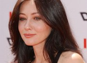 Shannen Doherty updates fans on her ongoing battle against cancer.