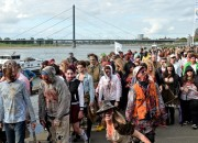 A zombie apocalypse might not happen soon. However, some speculate about it. A group of students speculate about a zombie apocalypse, and in it humans would die sooner than expected.