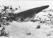 A former university professor recently claimed that the mysterious incident in 1947 involved real UFO that crashed in Roswell and not a military balloon. Furthermore, he said that aliens have been abducting humans, but all of these facts were allegedly covered up by the U.S. government.