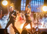 Grammys 2017 was explosive, and a lot of the performances are amazing. We have listed unforgettable performances this year from music's biggest night.