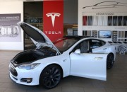 Tesla is a growing a market in the auto industry, which offers a range of electric vehicles that have grown in popularity in the United States. But the company has not put a foot inside the UAE.