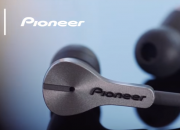Pioneer has unveiled a first-of-its-kind lightning earphones with lightning port, which allow users to charge their phone while listening to music.