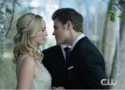 Wedding bells are ringing. Caroline and Stefan quickly plans their wedding to lure Katherine in