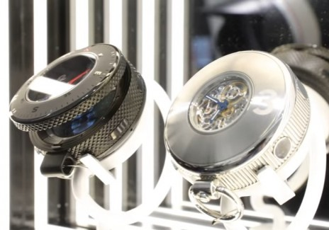 Samsung Showcases Stunning Gear S3 Pocket Watch Concept At BaselWorld 2017