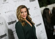 Katie Cassidy, who exited the CW series Arrow after meeting her grievous fate in Season 4 as Laurel Lance, is re-appearing as Earth-2 Laurel's doppelgänger Black Siren.
