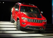 With polished style and calm composure while tackling rugged terrain, the 2017 Jeep Grand Cherokee impresses fans of the brand. However, its pricing has some buyers hesitate to experience the grand performance of the Jeep.