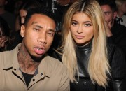 At this point of time, most fans of Kylie Jenner and Tyga are very annoyed with their relationship. Kylie stated the other month that she loves Tyga more than anything else but just announced yesterday that they've already split up.
