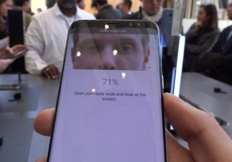 Hackers Just Found A Way To Unlock Your Galaxy S8