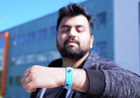 Smart Materials Wrist Band (IMAGE)