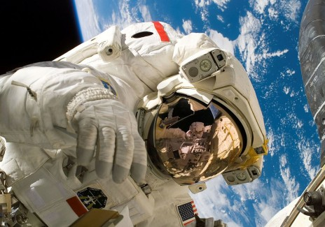 Astronauts have Replaced Old Batteries in Series of Spacewalks