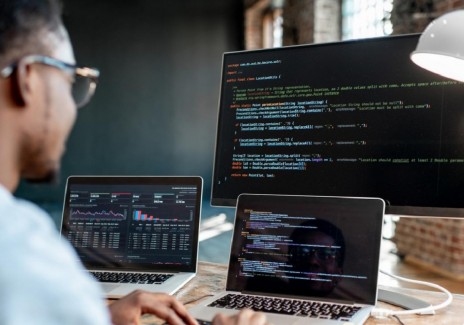 Four Good Reasons to Become a Software Developer