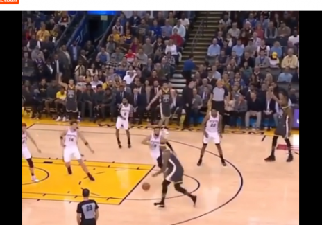 NBA Stars Stephen Curry, Klay Thompson, and Kevin Durant Point at Each Other Instead of Calling for the Ball