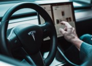 Many people think that the innovative Autopilot system of Tesla is one of the greatest vehicle innovations of modern times. It seems that Germany thinks Tesla saying their system is Autopilot is misleading.