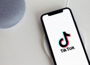 Microsoft has confirmed on Sunday that it is continuing its discussions with Chinese tech company Bytedance about a possible purchase of its social media app TikTok in the U.S. and three other markets.